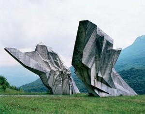 yu war memorial03